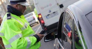 Conducător auto la un pas de comă alcoolică, depistat la volan