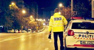 Urmărire pe străzile din Ploiești. Un șofer nu a oprit la semnalele polițiștilor și a avariat două mașini.