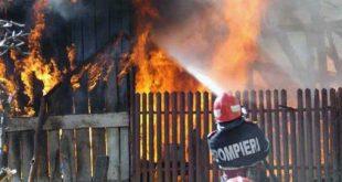 Incendiu la o casă din comuna Vărbilău